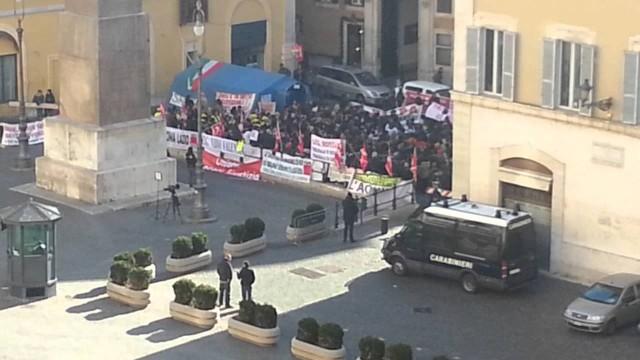 Manifestazione davanti alla Camera dei deputati