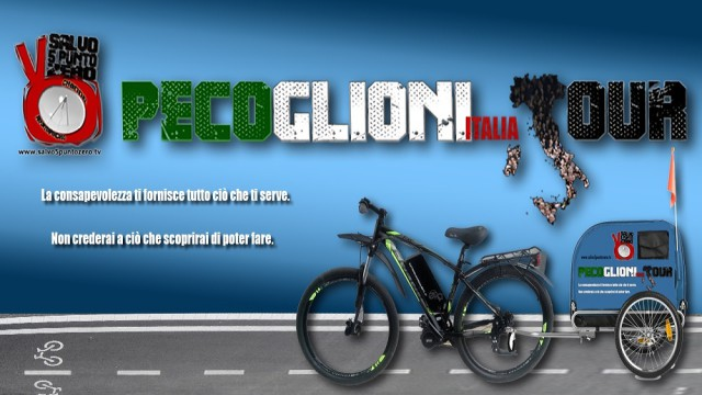 Pecoglioni Italia Tour. Mura di Lucca, interviste, incontri e pedalata verso Viareggio. 22/06/2016