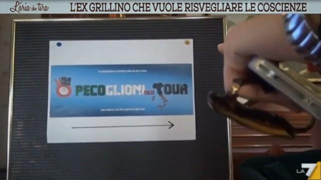 L'aria che tira visita il lancio del Pecoglioni Italia Tour a Bologna. 16/04/2016